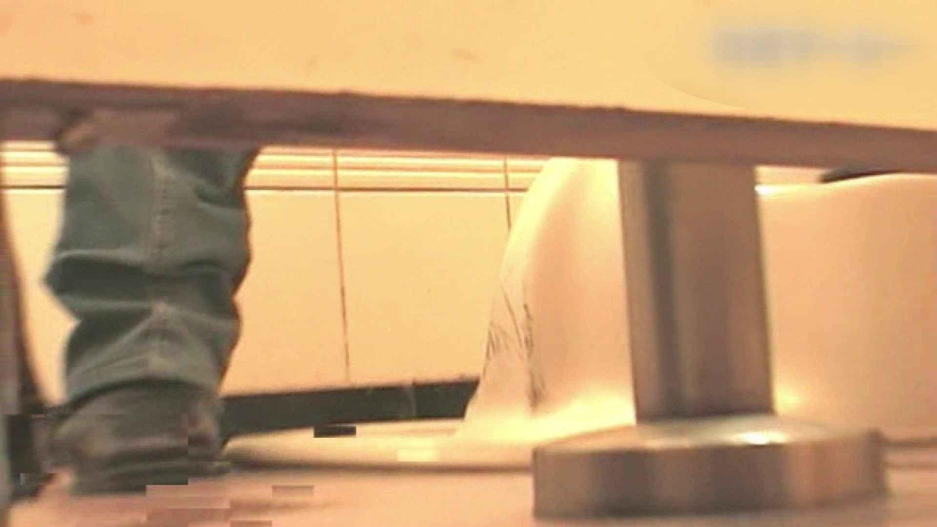 ロックハンドさんの盗撮記録File.05 接写  77連発 50